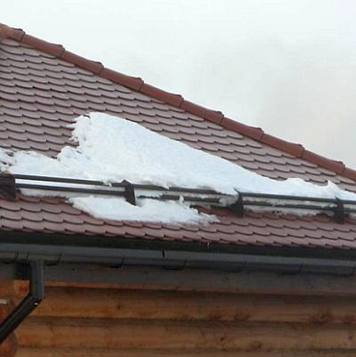 Снегозадержатели спасут Вас от многих рисков!